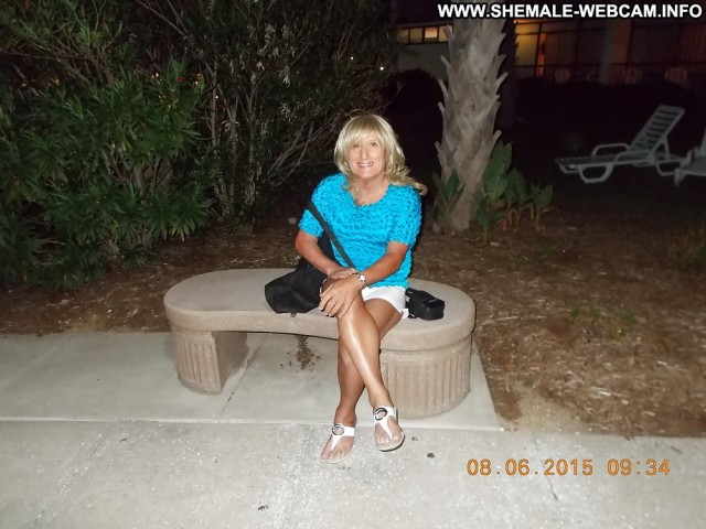 Lorette Private Pics Transexual Beach Ladyboy Shemale Blonde Gorgeous