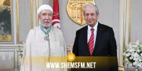 منح الصنف الثاني من وسام الجمهورية لعثمان بطيخ (فيديو)
