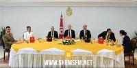 مأدبة غداء بحضور الرؤساء الثلاثة بمناسبة الإحتفال بالذكرى 64 لإنبعاث الجيش الوطني
