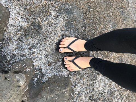 dead-sea-salt-feet-israel