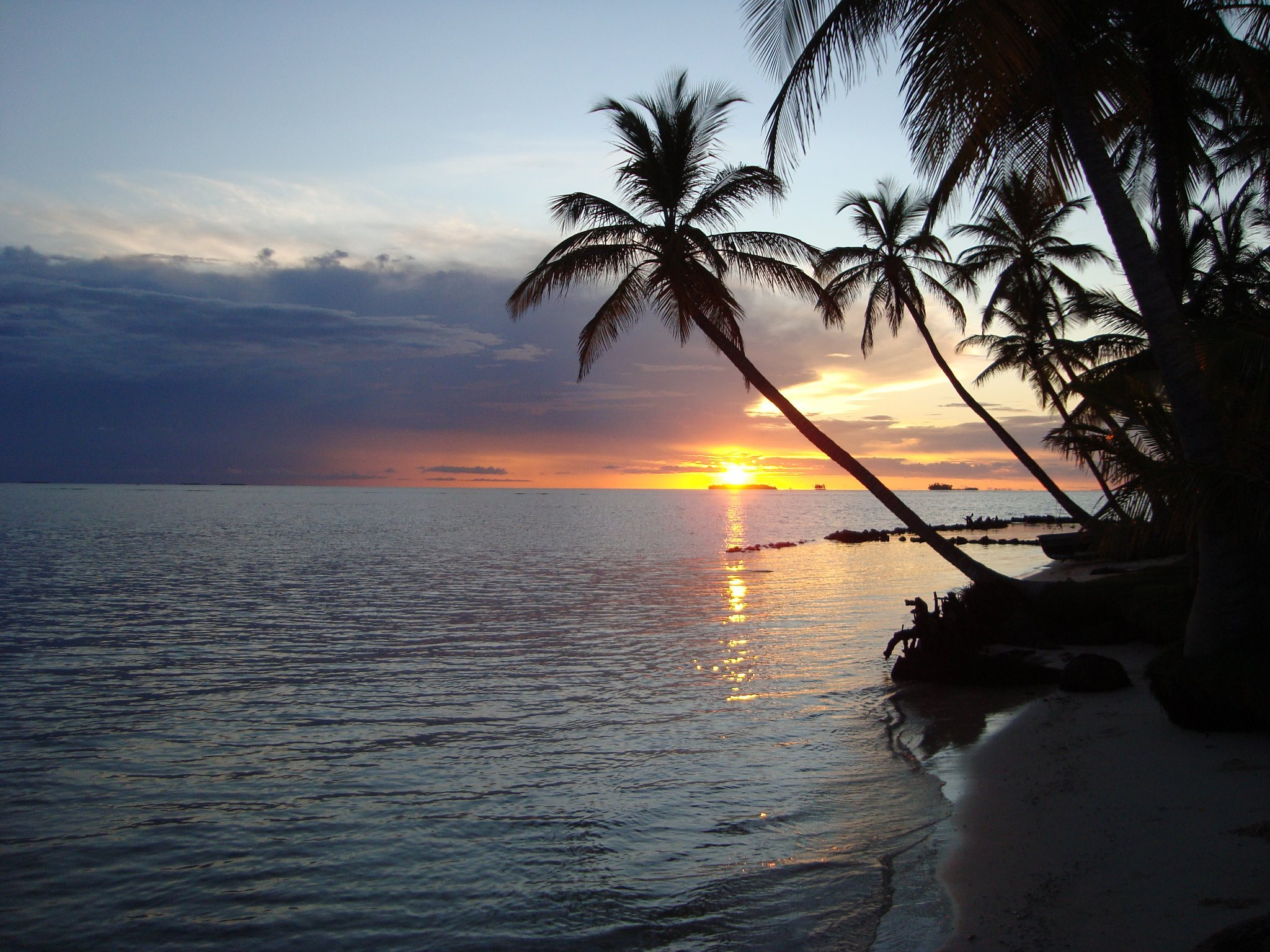 sunrise san blast islands panama