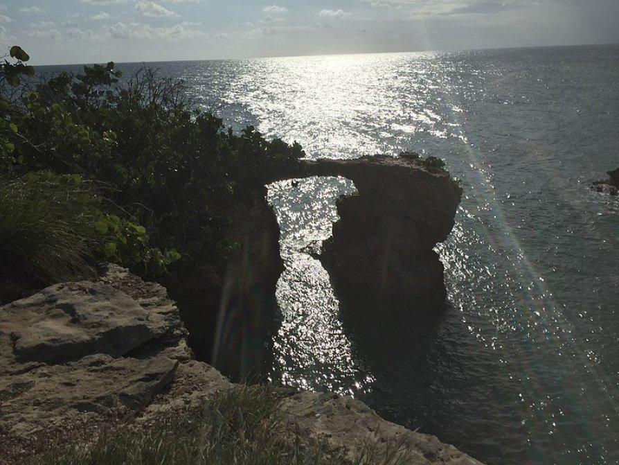 el puente natural bridge cabo rojo puerto rico