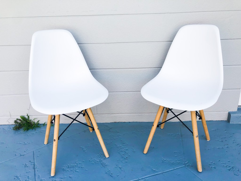 free white chairs found by trash pick up