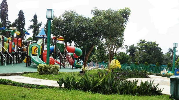 Manfaat outdoor playground