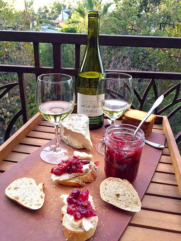 Cranberry Chutney on bread with brie cheese