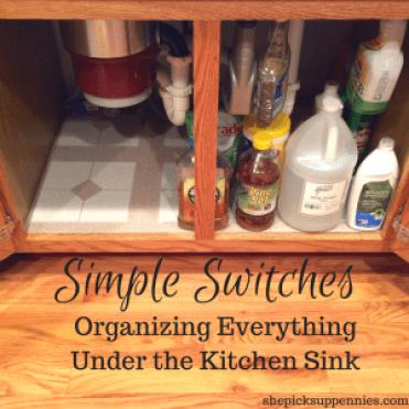 Easy Kitchen Organization Trick | shepicksuppennies.com