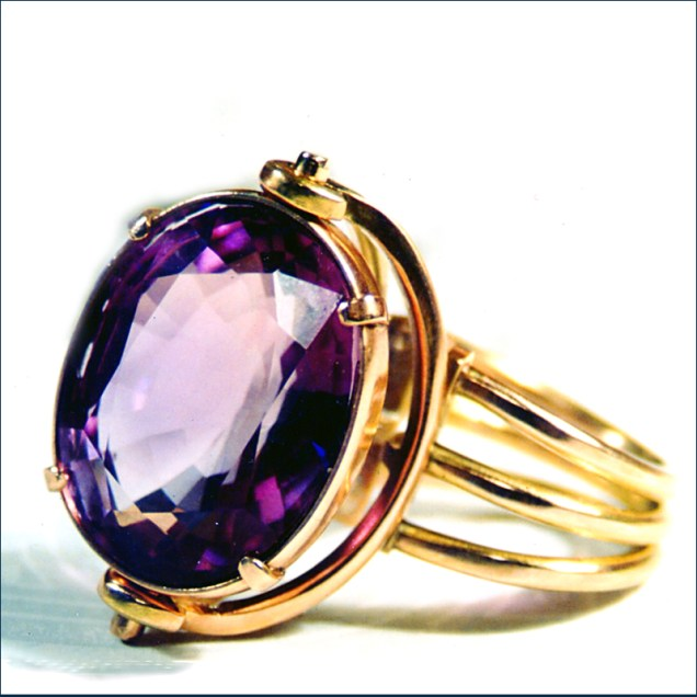 amethyst and 9ct gold