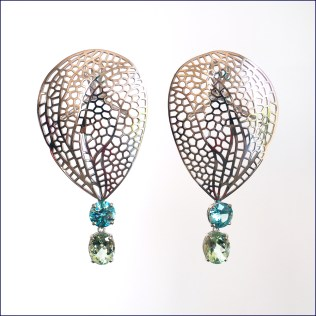 14ct white gold earrings with beryl & blue