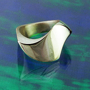 Silver Wing ring of Which Way ring set