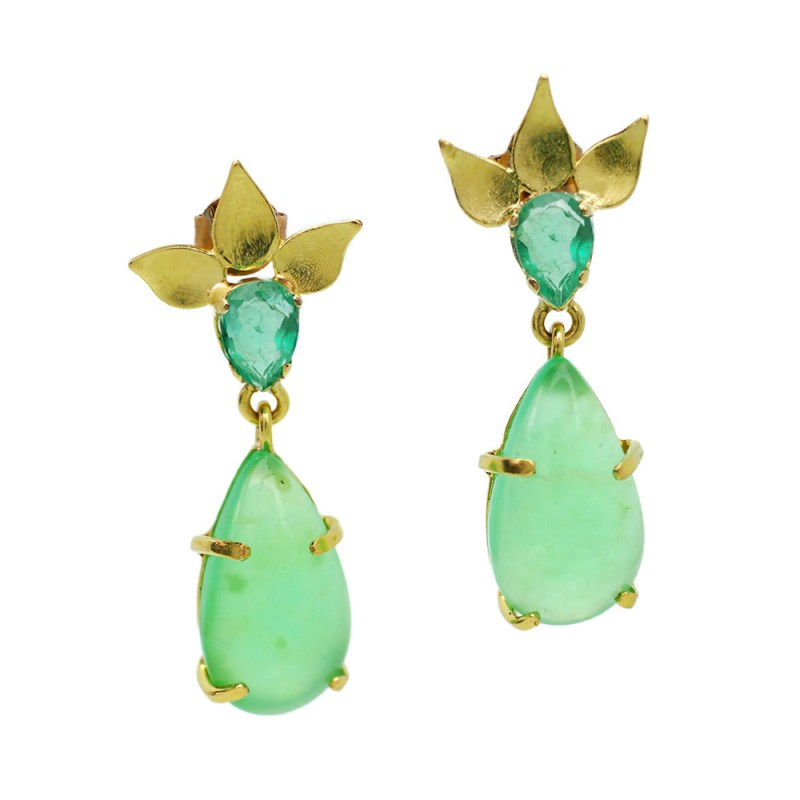 Gold Emerald and Chrysoprase earrings