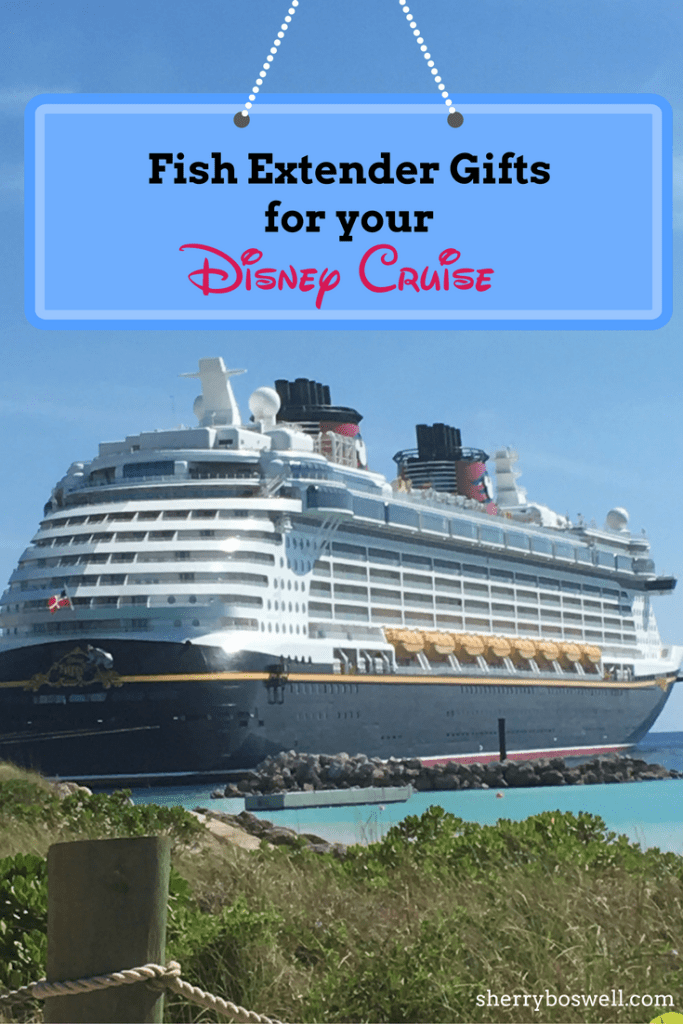 Fish extender gifts for Disney cruise | What makes the best fish extender gifts on a cruise plus why you want to participate. #fishextender #cruise #Disneycruise #DCL