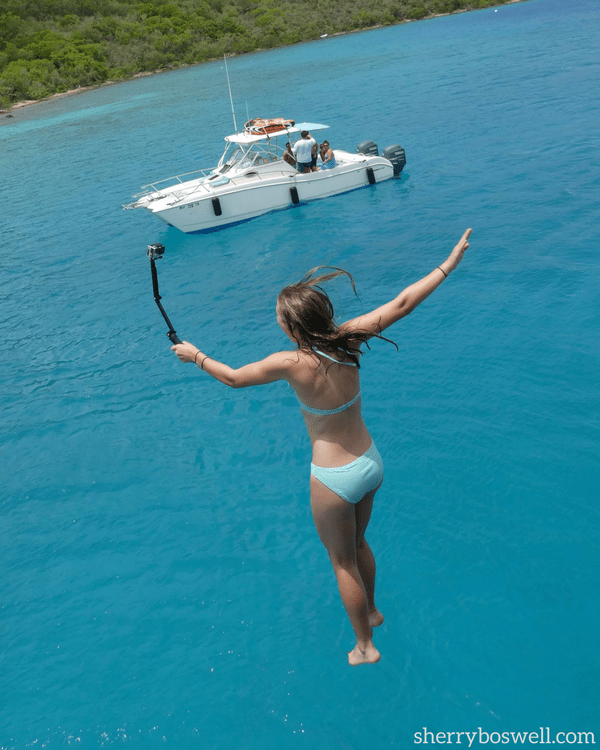 Caribbean Sailing | 5 Things I Learned on my first catamaran charter include finding the local hotspots like Willy T's and taking the plunge by jumping off deck