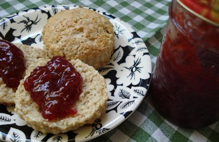 We Be Jammin' — How to Make No-fail, 3-ingredient Jam With Any Quantity of Fruit
