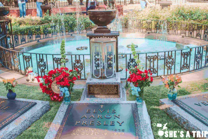 Visiting Graceland Elvis Presley Home