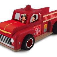 FREE Lowes Workshop | Classic Fire Truck