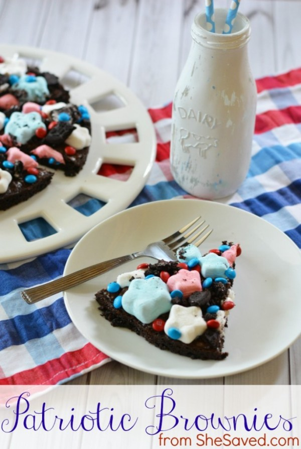 Patriotic brownies are the perfect 4th of July dessert and the kids will LOVE helping you make them!