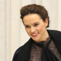 Exclusive Daisy Ridley Interview: STAR WARS: THE FORCE AWAKENS #StarWarsEvent