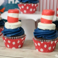 Dr. Seuss Snack: Cat in the Hat Cupcakes
