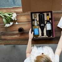 GREAT Gift Idea: Club W Wines (4 Shipped for Under $10 each!)