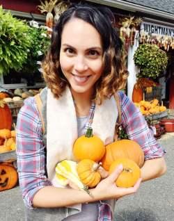 dena_holding_pumpkins