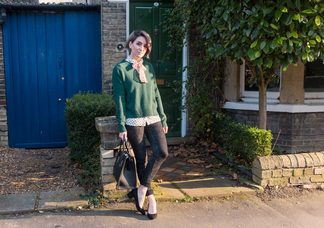 She talks Glam - Green knit + Polka dot + Colourful bow