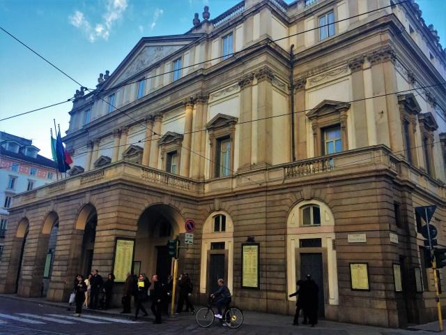 <Milan La Scala Theater Orchestra>