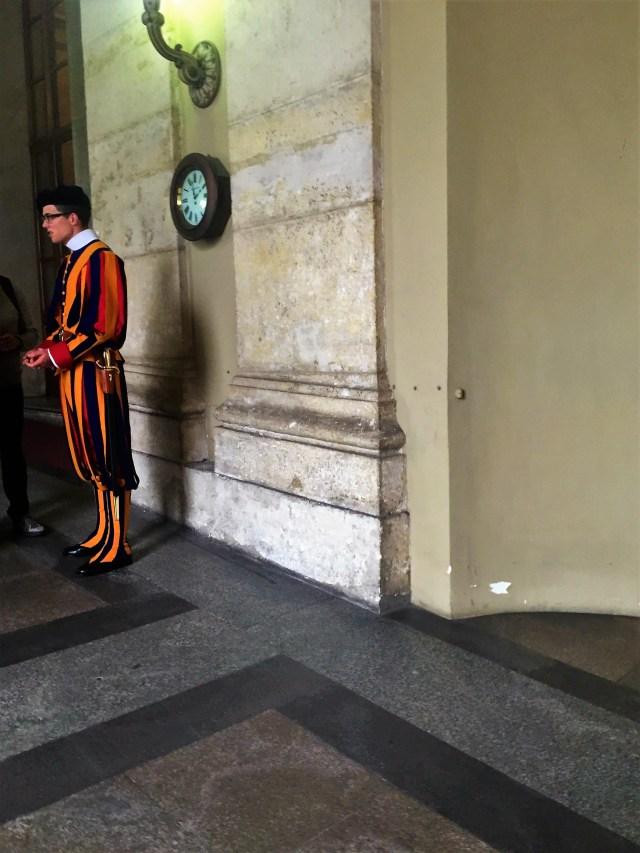 < Vatican City Swiss Guard >