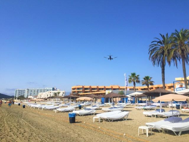 < Ibiza Airplane >