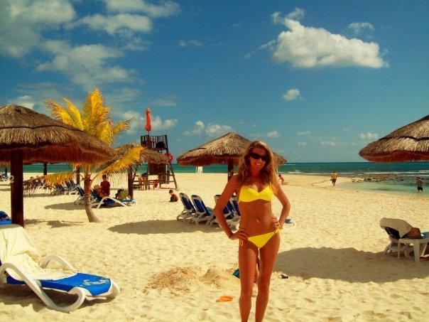 < Royal Hacienda Resort >