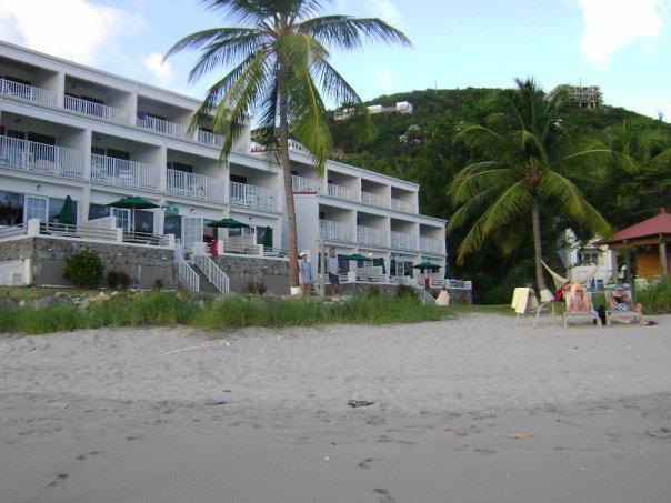 <Virgin Islands, Bluebeard's Beach>