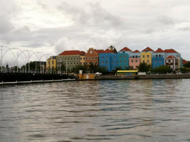 <Curacao Waterfront>