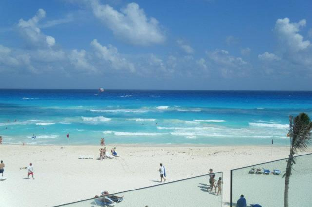 < Riviera Maya is always one of the warmest places to travel in winter >