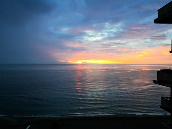 < Fuengirola Sunrise >