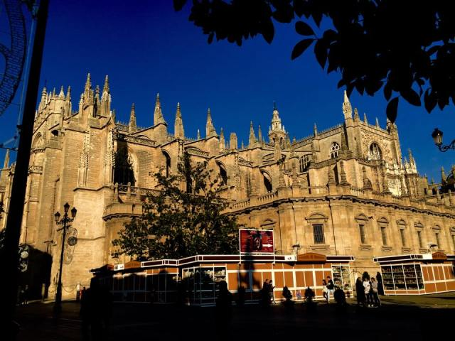 < Things in Spain that aren't common in the U.S.: Seville's cathedral >