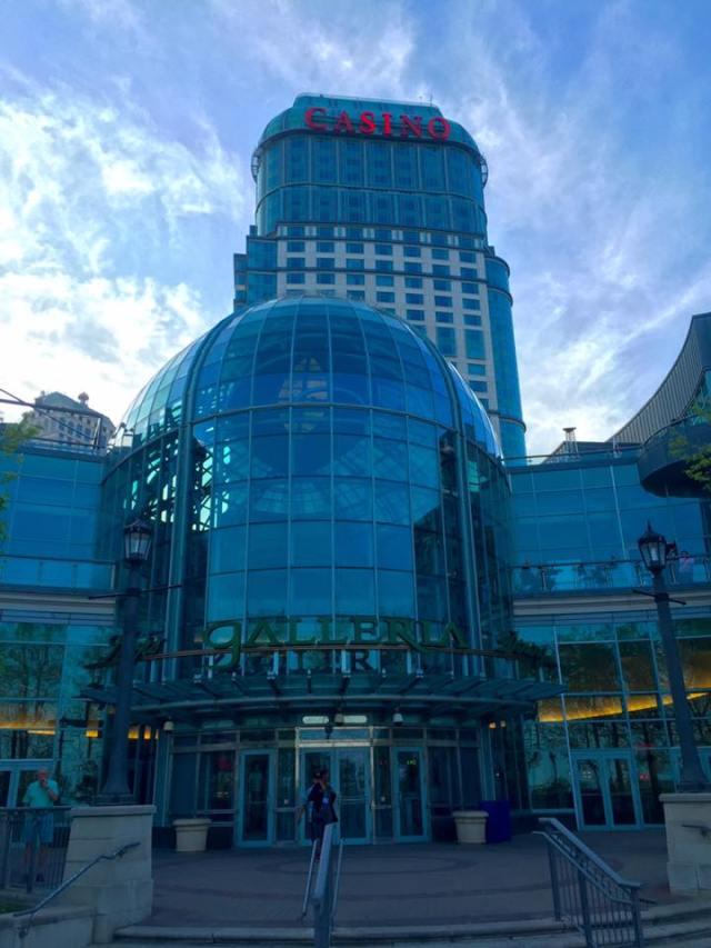 < Fallsview Casino >