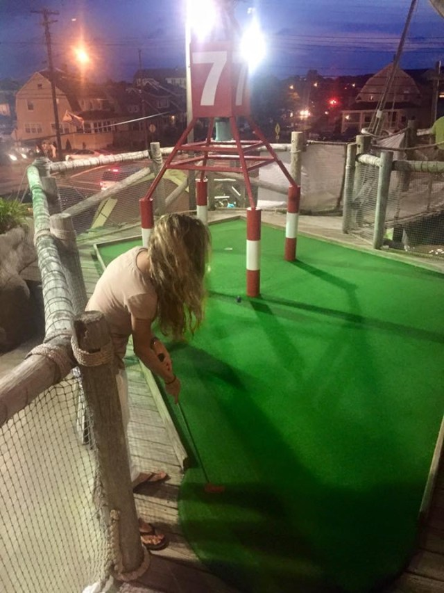 < Fun things to do at the Jersey Shore: miniature golfing >