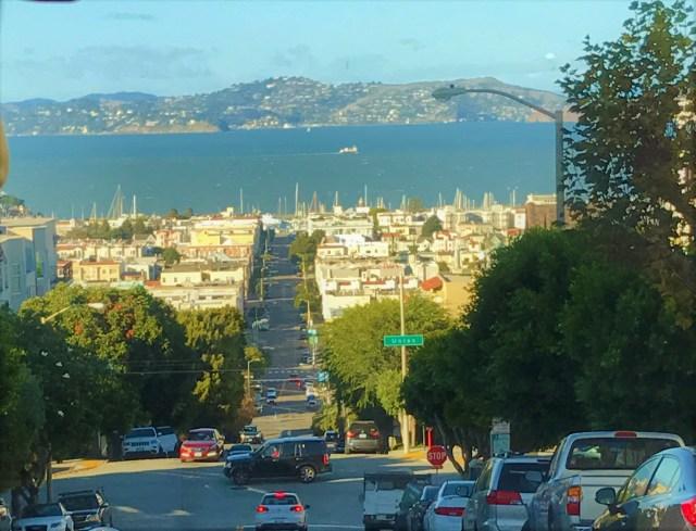 < San Francisco >