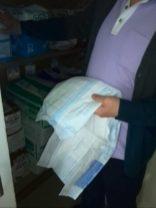 紙オムツはS,M,Lなどの大きさのサイズと、給水量による違いで数種類ある。