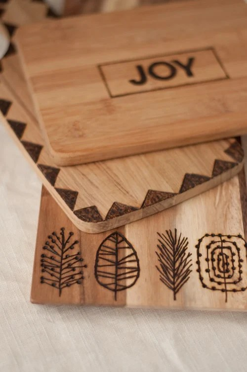 DIY Etched Cutting Board - Crafts to Make and Sell