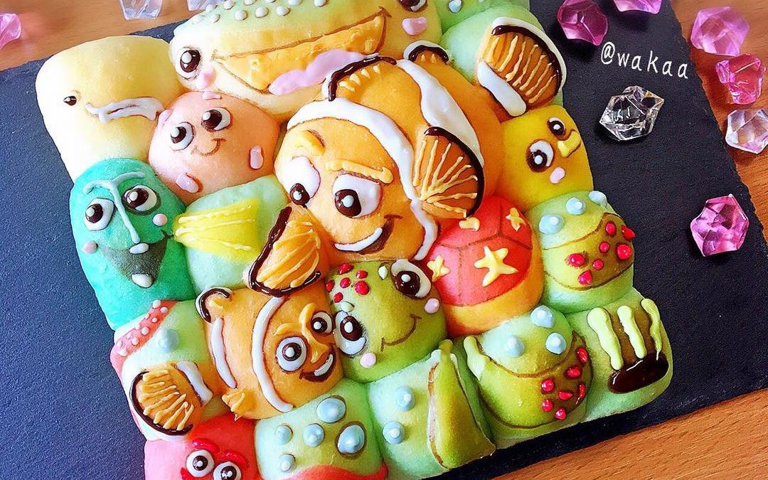 Kids Party Food – Cartoon Hand Torn Bread