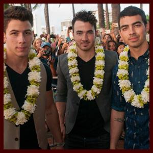 jonasbrothers-hawaii-092713