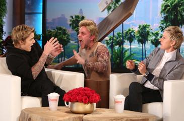 Justin Bieber Gets a Big (& Hilarious) Scare on Ellen