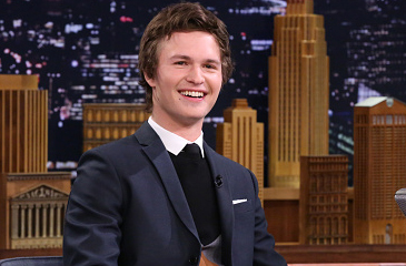 Ansel Elgort Shares Embarrassing Oscars Moment on the Tonight Show