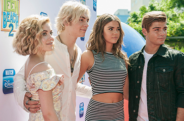 """Ross Lynch, Maia Mitchell & the """"Teen Beach 2"""" Cast Hit the Red Carpet"""