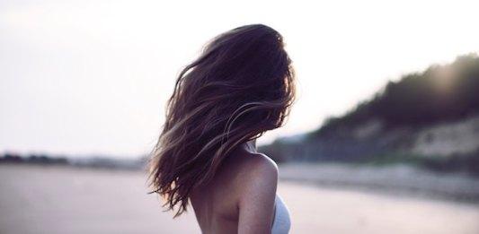 prodotti per capelli dopo una vacanza al mare