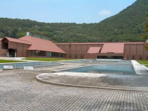 県立美術館の表側(2007-06-28 撮影)