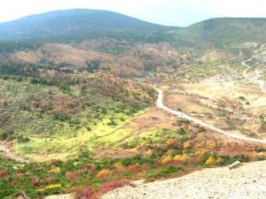 吾妻小富士から眺めた浄土平(2008-10-15 撮影)