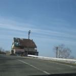 吾妻ロッジ。吾妻スキー場が閉鎖されて、もう 3 年になります。再開はやはり難しいのでしょうか。