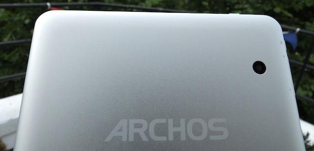 archos-80-titanium-2.JPG