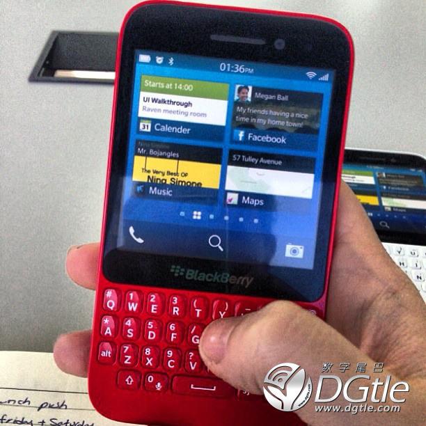 blackberry-r10-leak-1.jpeg